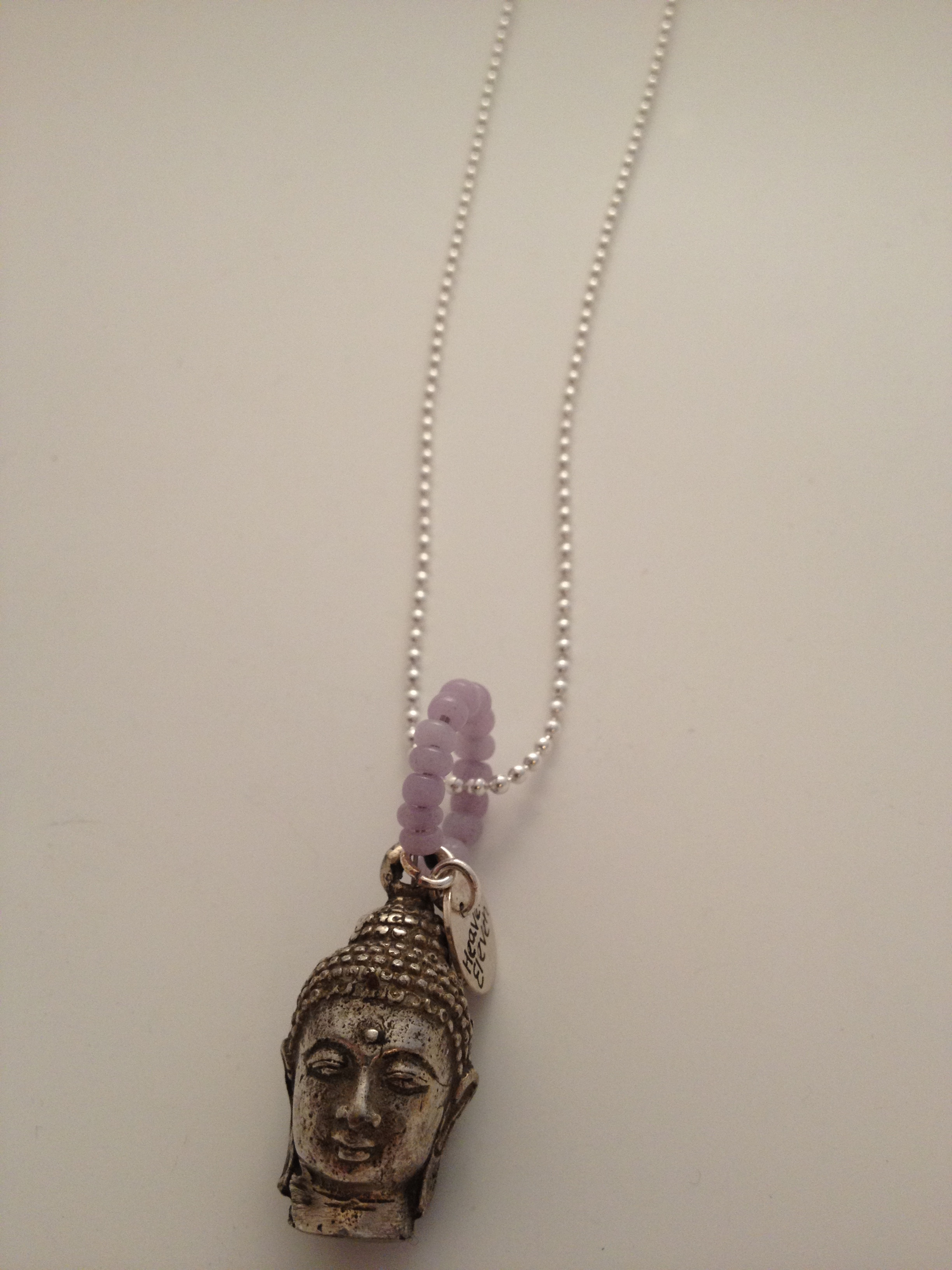 Heaven Eleven Halsband buddha med lila ring